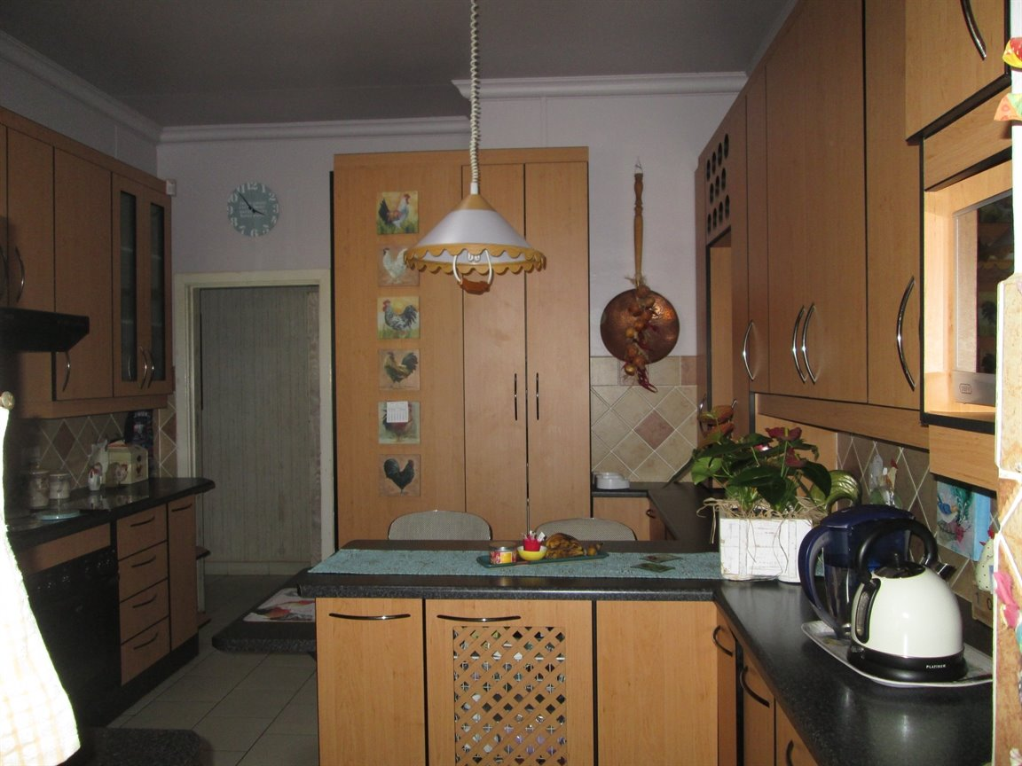 Lyttelton Manor property for sale. Ref No: 13398782. Picture no 4