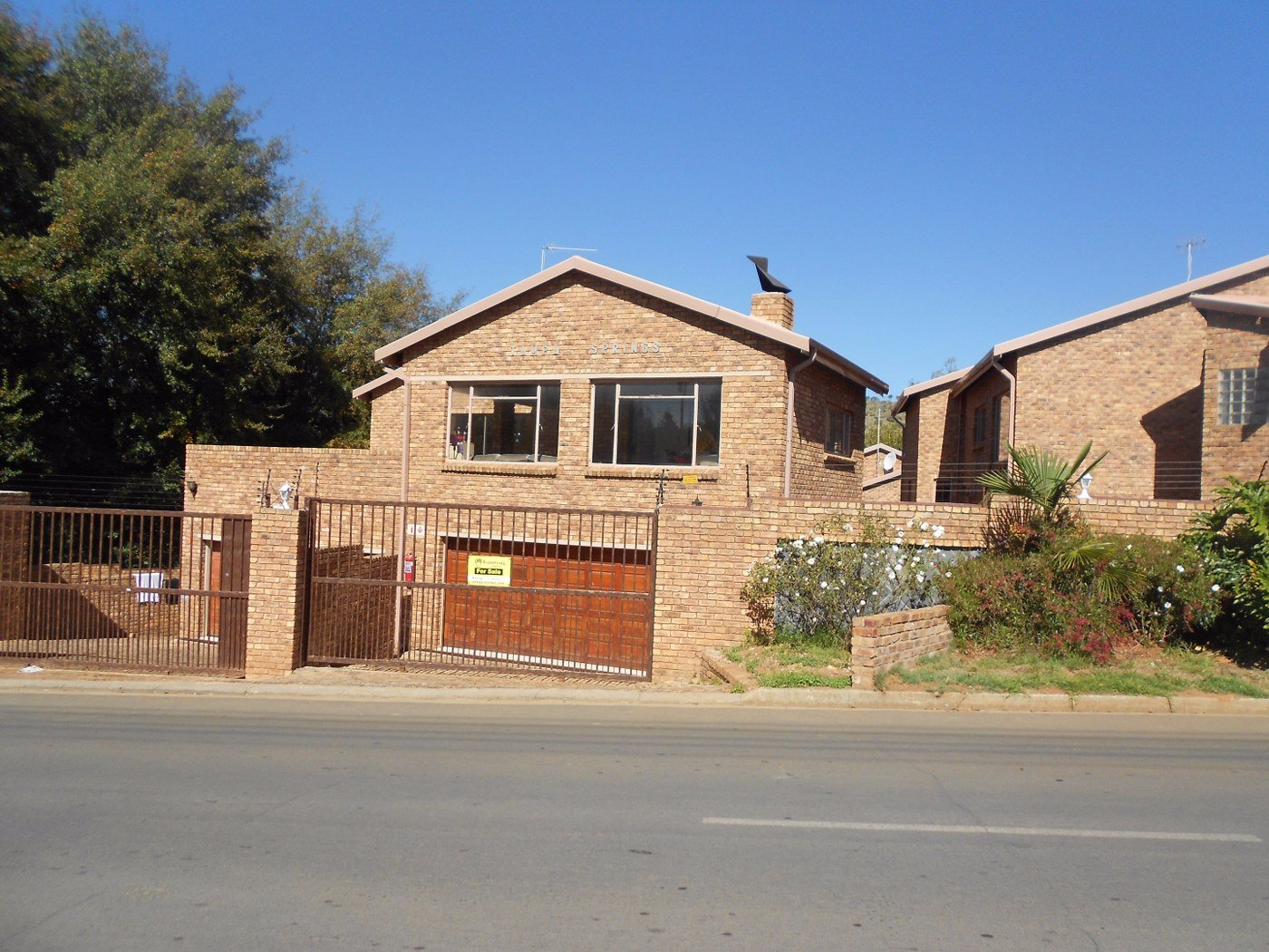 Johannesburg, Winchester Hills Property    Houses For Sale Winchester Hills, Winchester Hills, Apartment 3 bedrooms property for sale Price:1,200,000