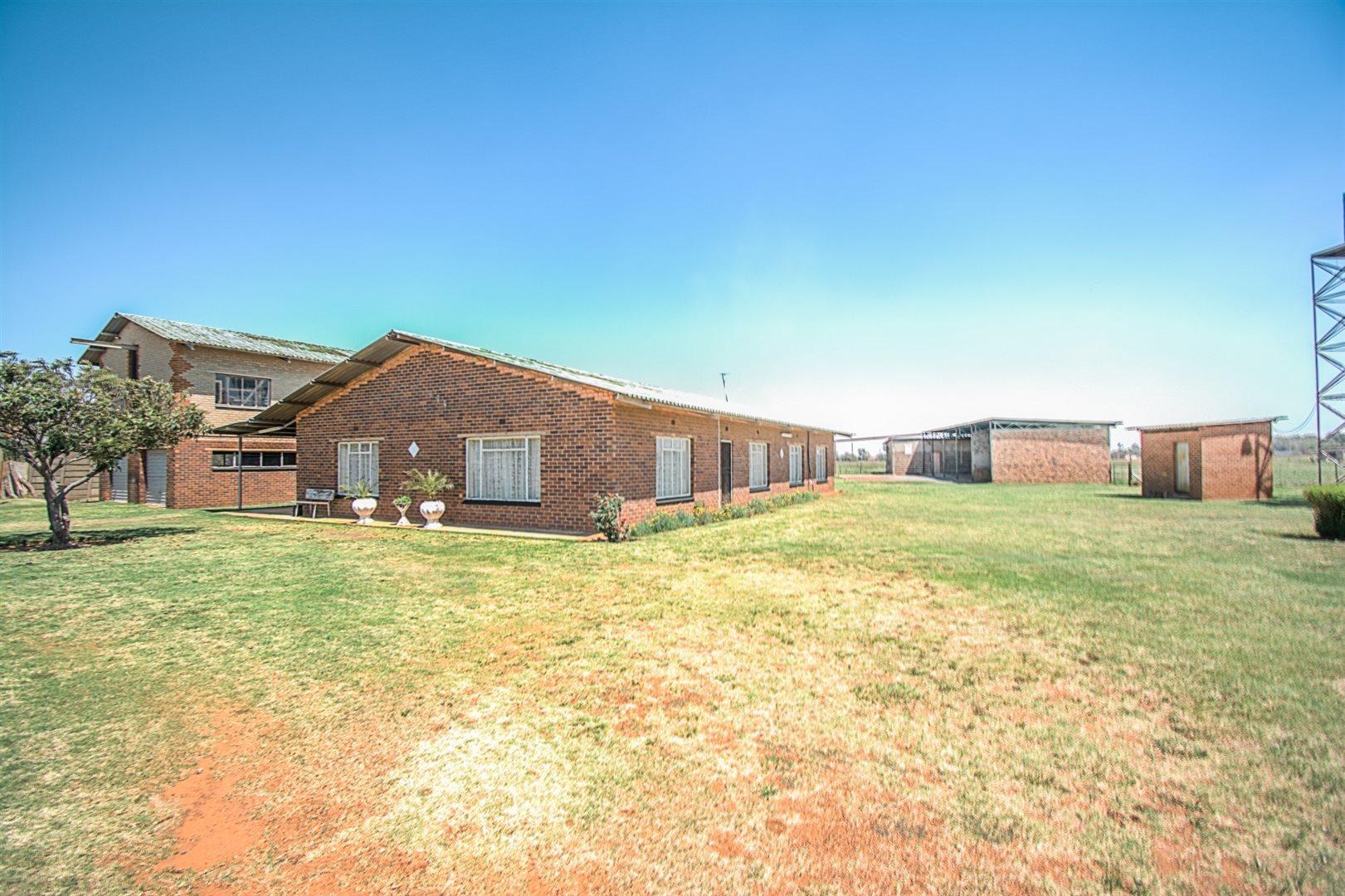 Meyerton, Mooilande Property  | Houses For Sale Mooilande, Mooilande, Farms 4 bedrooms property for sale Price:1,610,000