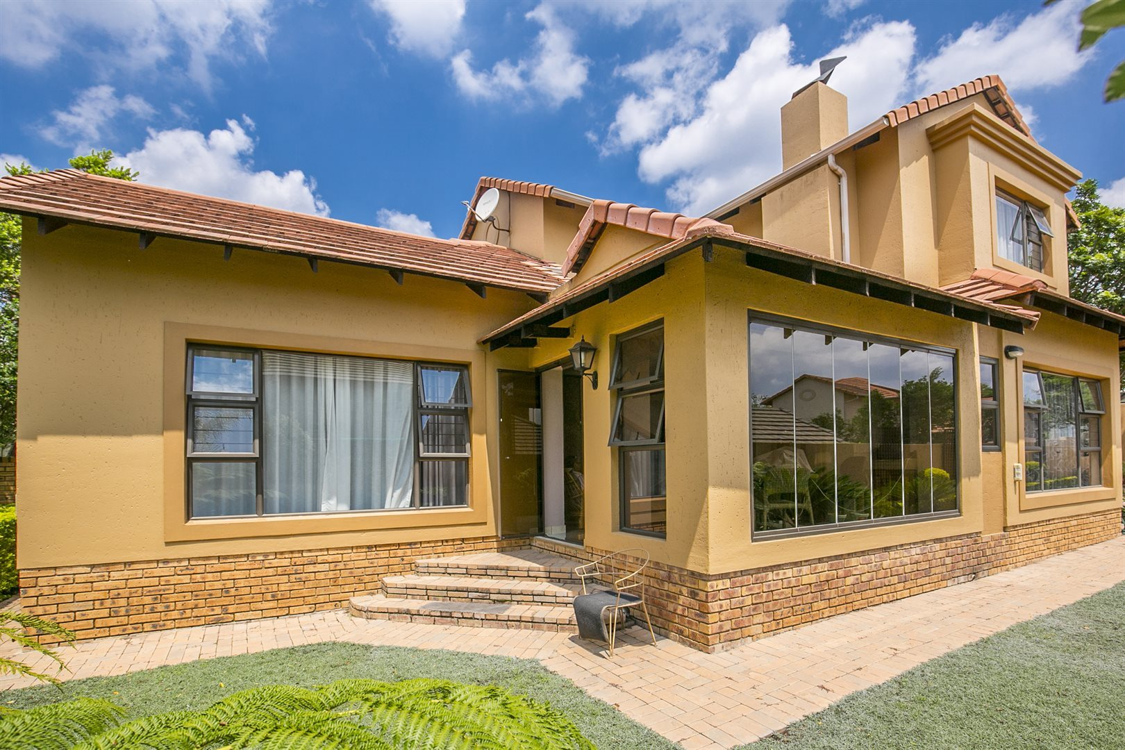 Property and Houses to rent in Fourways, House, 3 Bedrooms - ZAR , 19,00*,M