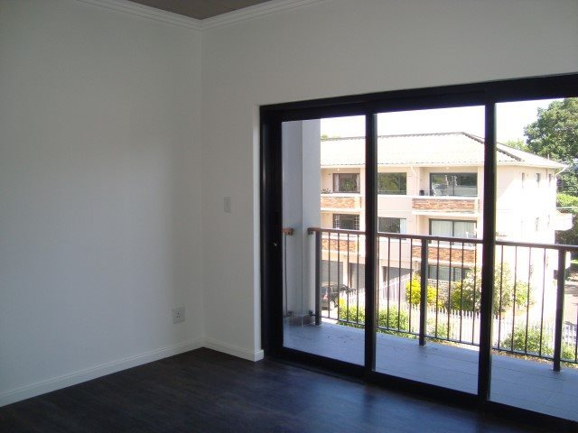Kenilworth property to rent. Ref No: 13552415. Picture no 2