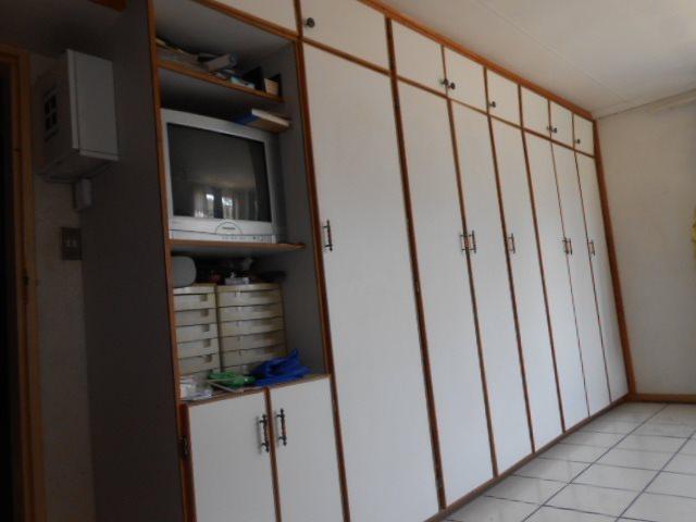 Buyscelia property for sale. Ref No: 13414258. Picture no 9