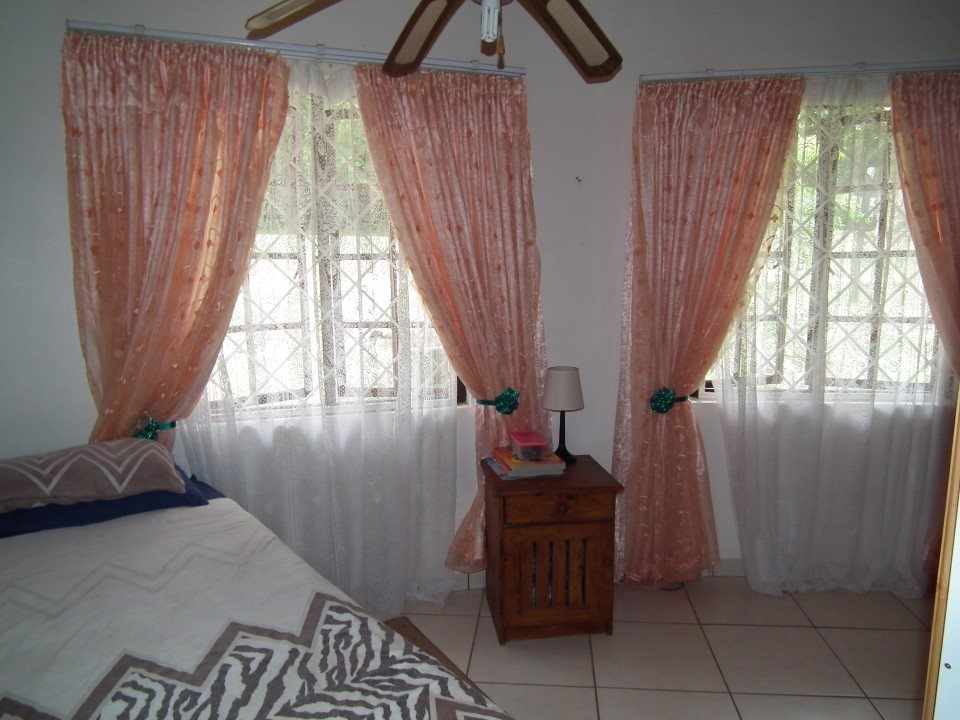 Umtentweni property for sale. Ref No: 13393032. Picture no 20