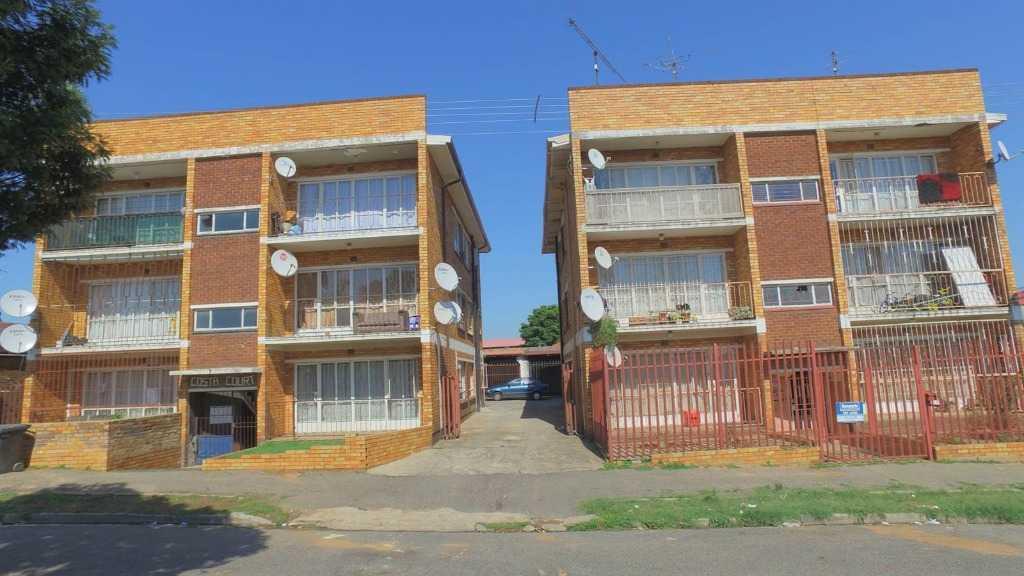 Johannesburg, Regents Park Property  | Houses For Sale Regents Park, Regents Park, Apartment 3 bedrooms property for sale Price:580,000