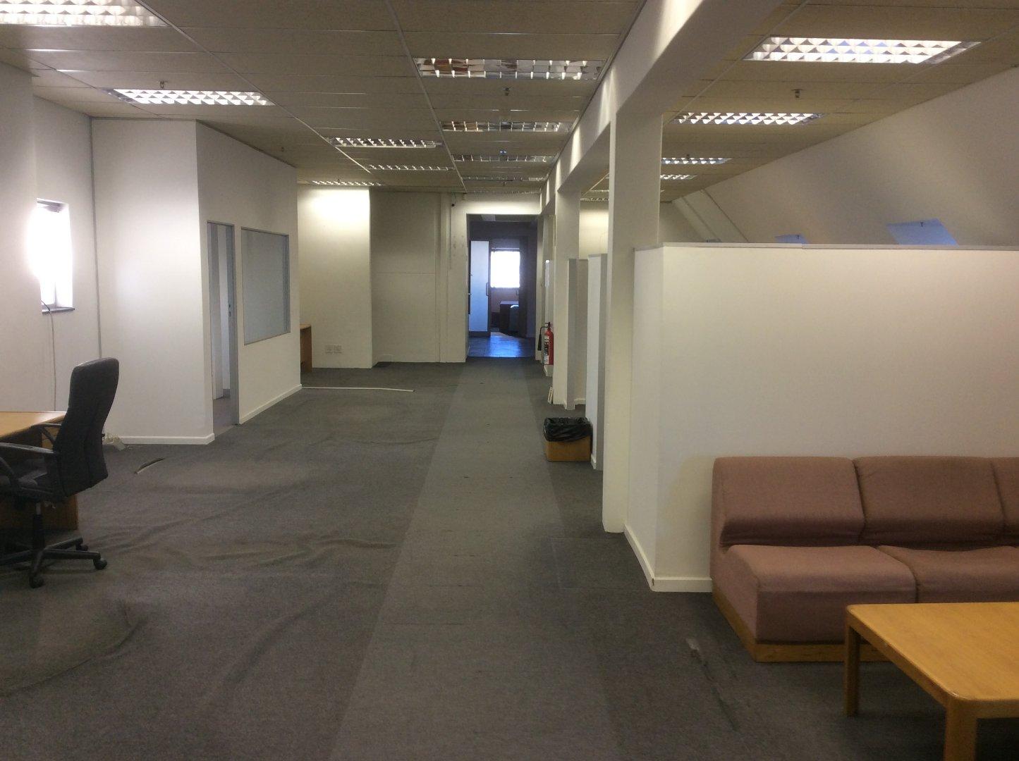 Cape Town City Centre property for sale. Ref No: 13622979. Picture no 51
