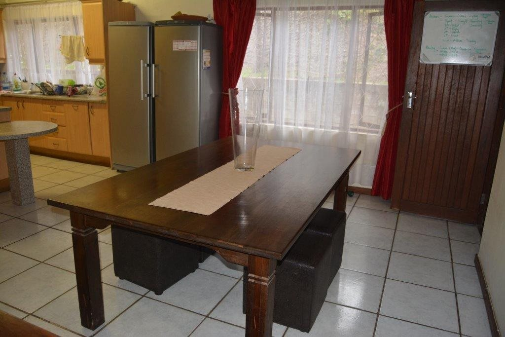 Uvongo property for sale. Ref No: 13590094. Picture no 7