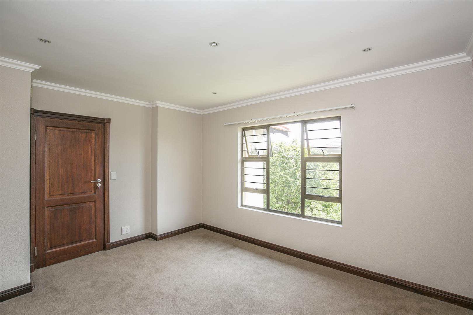 Fourways property for sale. Ref No: 13458374. Picture no 16