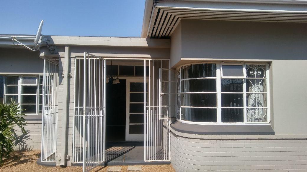 Krugersdorp, Krugersdorp North Property    Houses For Sale Krugersdorp North, Krugersdorp North, House 3 bedrooms property for sale Price:1,099,000