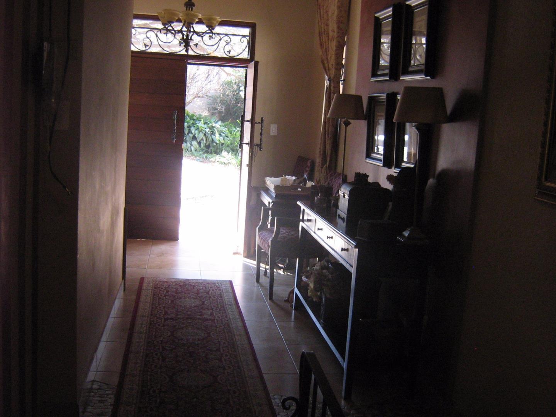 Mondeor property for sale. Ref No: 13525767. Picture no 19