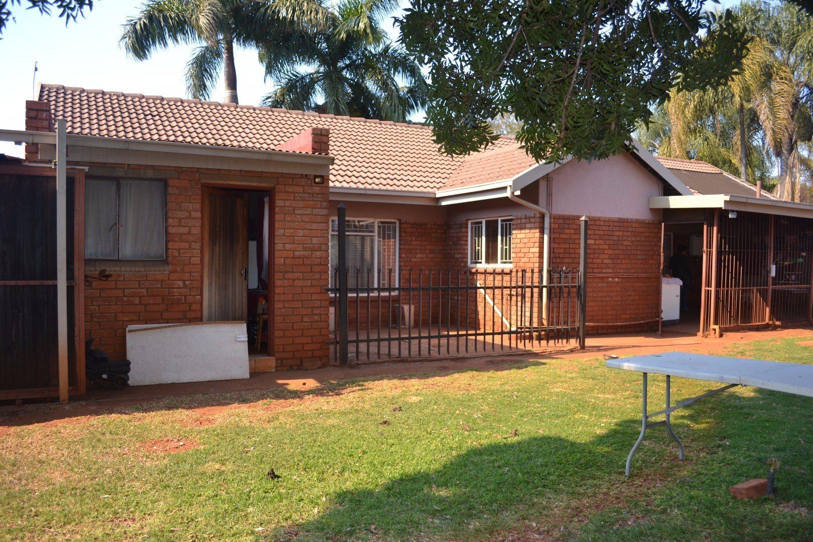 Pretoria, Dorandia Property  | Houses For Sale Dorandia, Dorandia, House 4 bedrooms property for sale Price:1,200,000