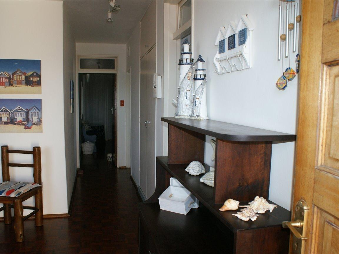 Amanzimtoti property for sale. Ref No: 13355728. Picture no 13