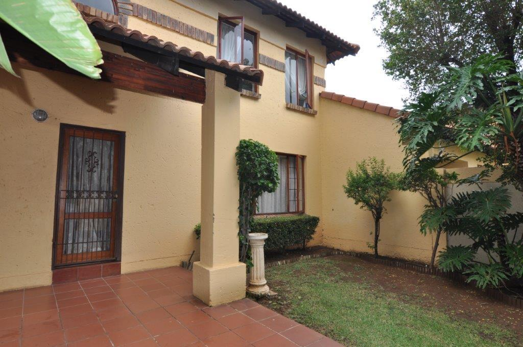 Sandton, Lonehill Property  | Houses To Rent Lonehill, Lonehill, Apartment 3 bedrooms property to rent Price:, 15,00*