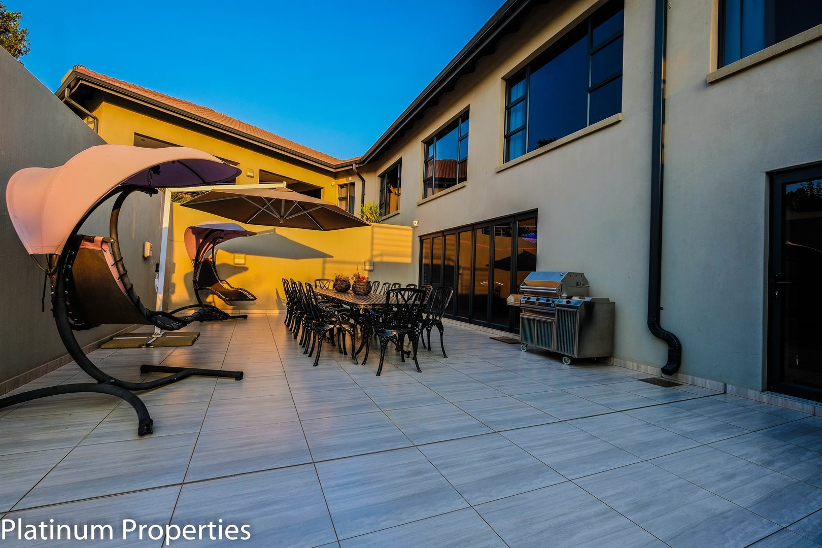 Three Rivers East property for sale. Ref No: 13622206. Picture no 25