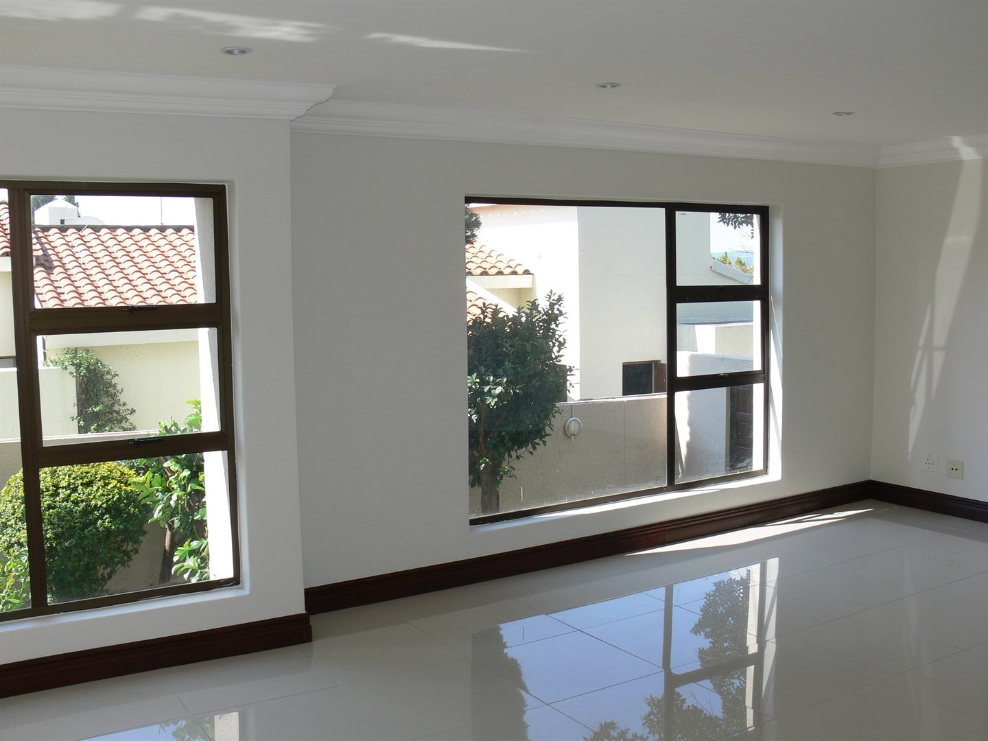 Dainfern Golf Estate property to rent. Ref No: 13479551. Picture no 2