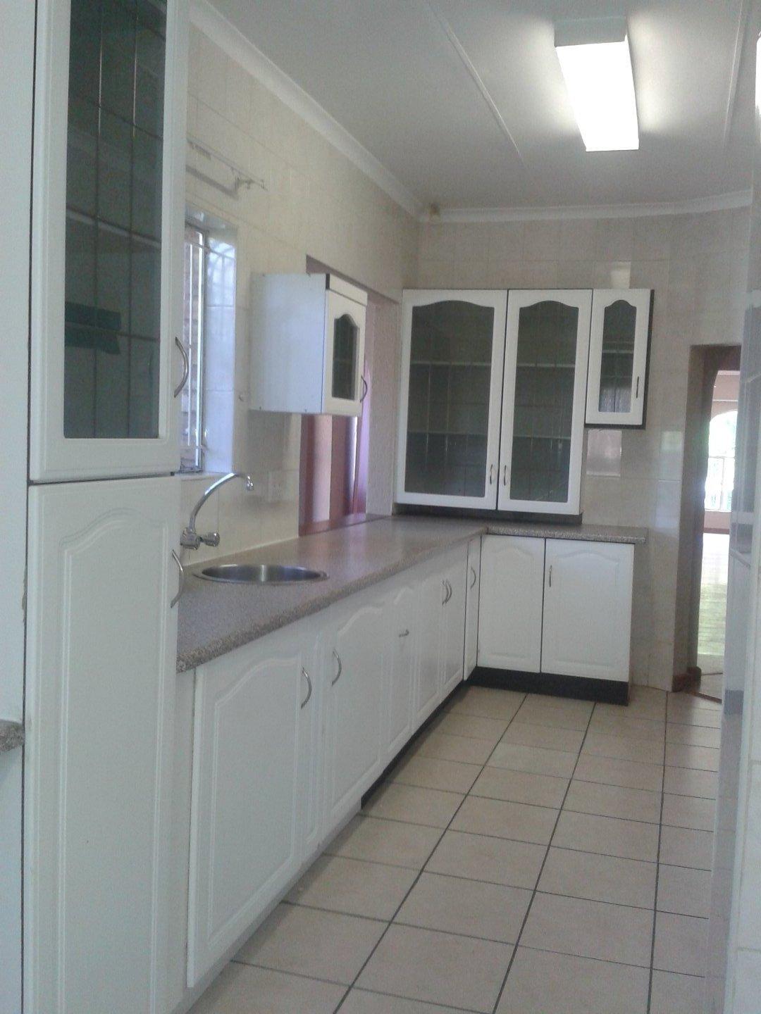 Elandshaven property to rent. Ref No: 13578534. Picture no 5