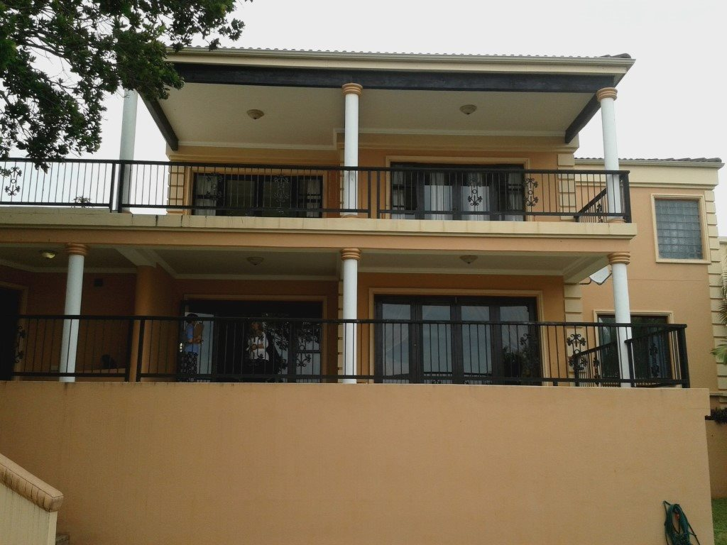 Uvongo property for sale. Ref No: 13272815. Picture no 1