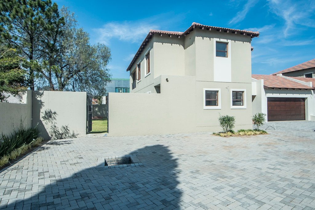Alberton, Randhart Property  | Houses For Sale Randhart, Randhart, Townhouse 3 bedrooms property for sale Price:2,030,000
