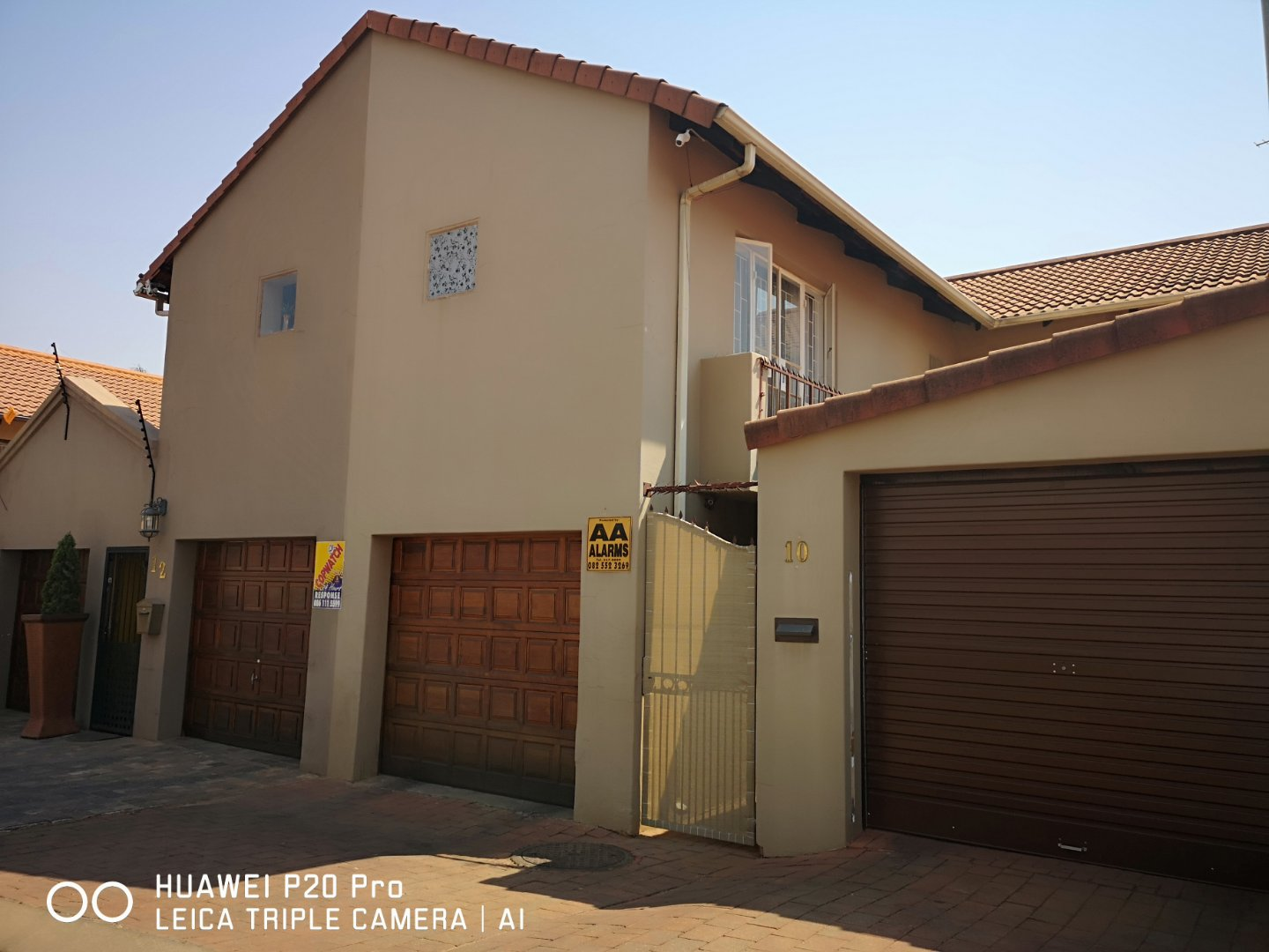 Property and Houses for sale in Hennopspark, House, 3 Bedrooms - ZAR 1,340,000
