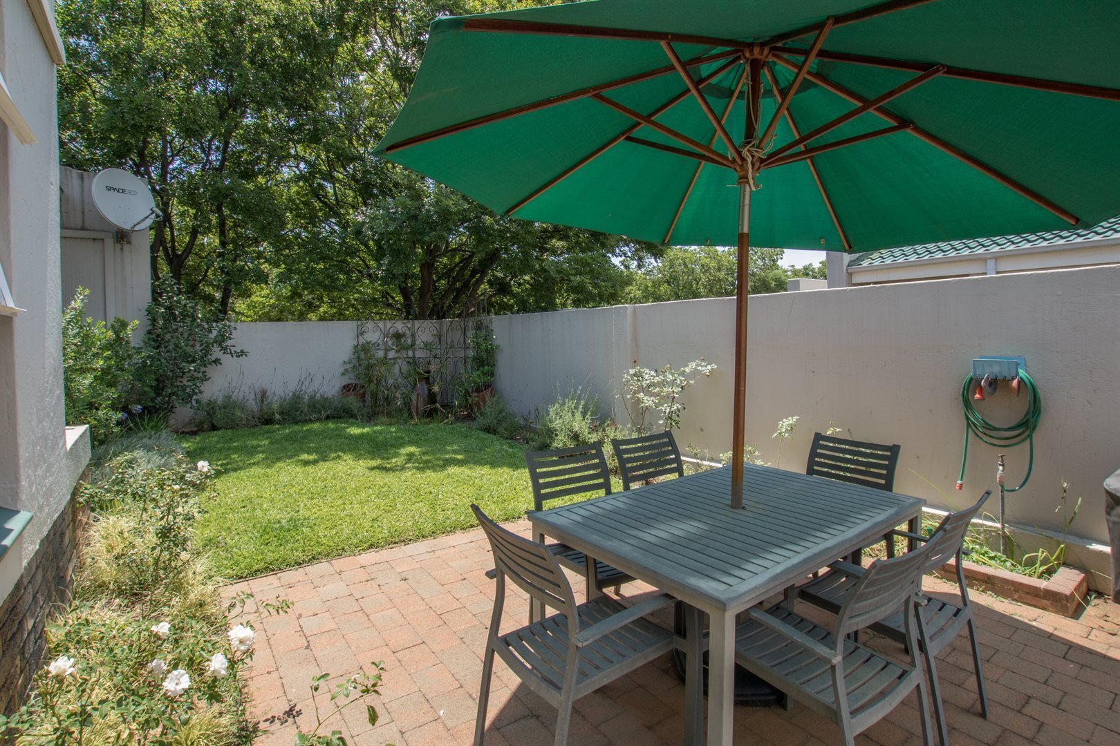 Lonehill property for sale. Ref No: 13566031. Picture no 14