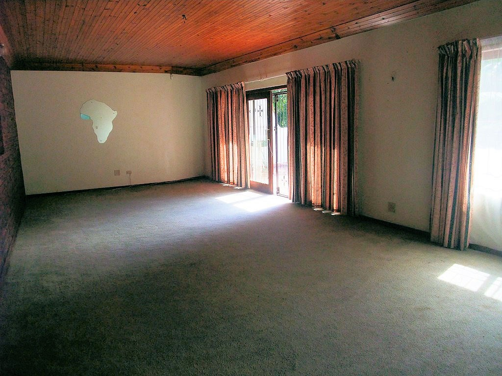 Uvongo property for sale. Ref No: 13291127. Picture no 8