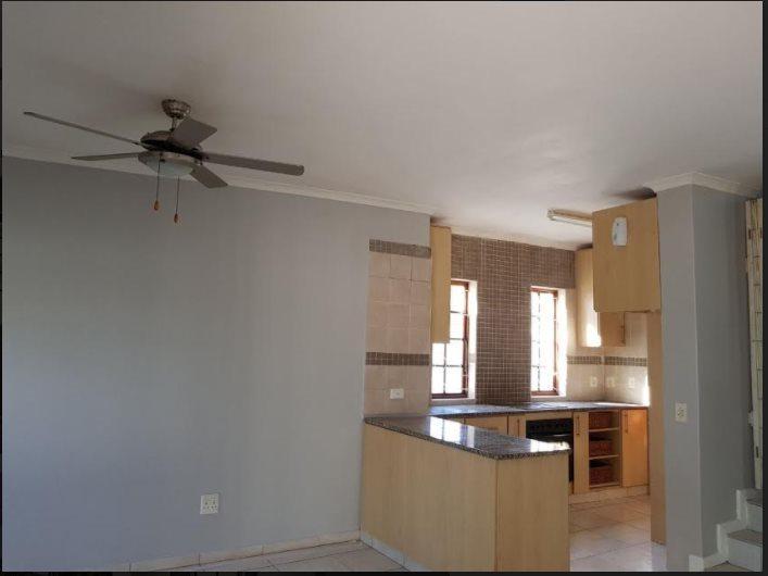 Meer En See property to rent. Ref No: 13598653. Picture no 3