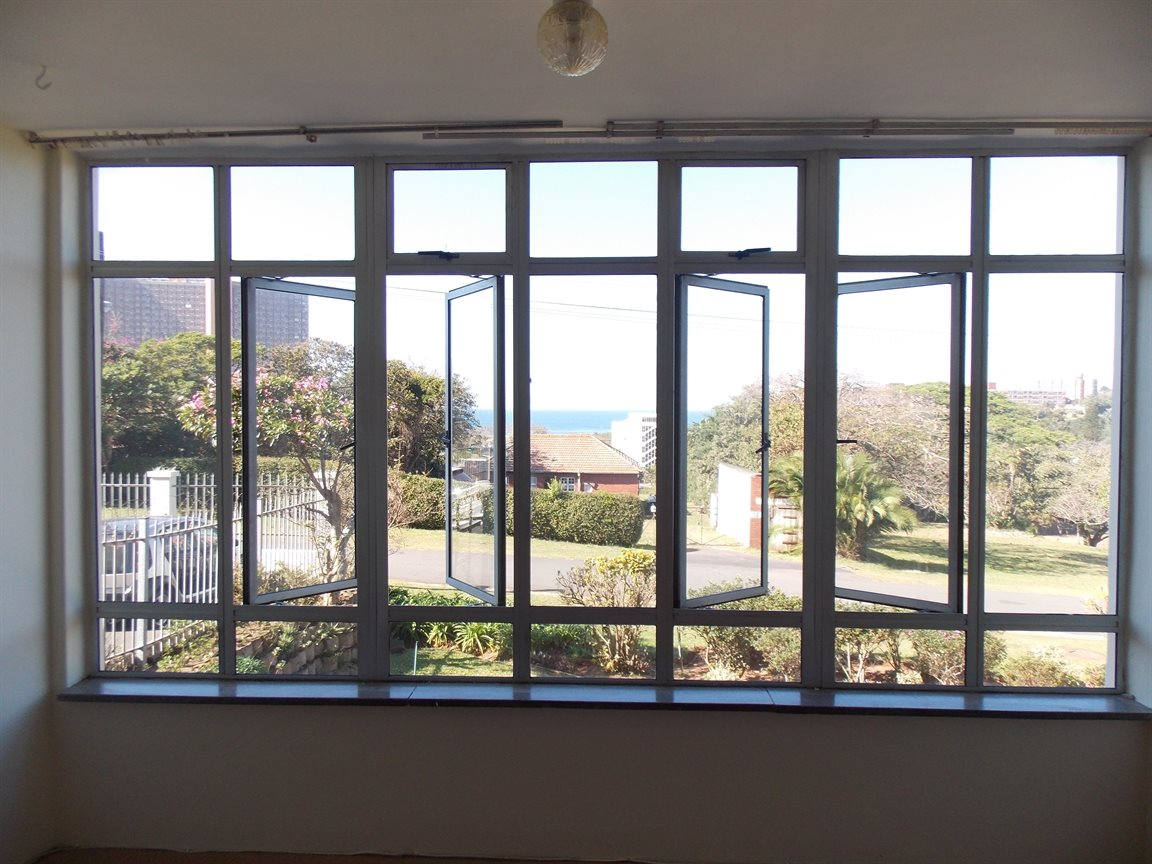 Amanzimtoti property for sale. Ref No: 13371310. Picture no 7