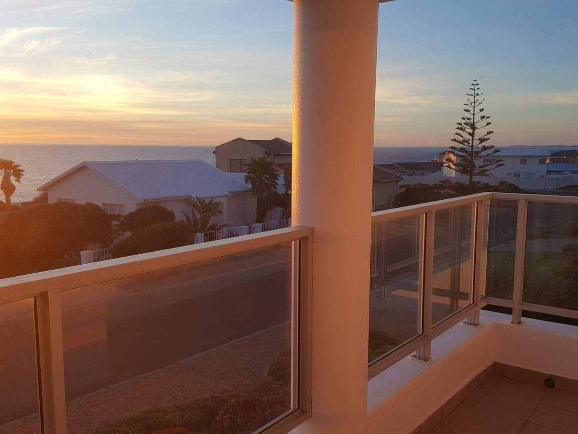 Yzerfontein property for sale. Ref No: 13397005. Picture no 27