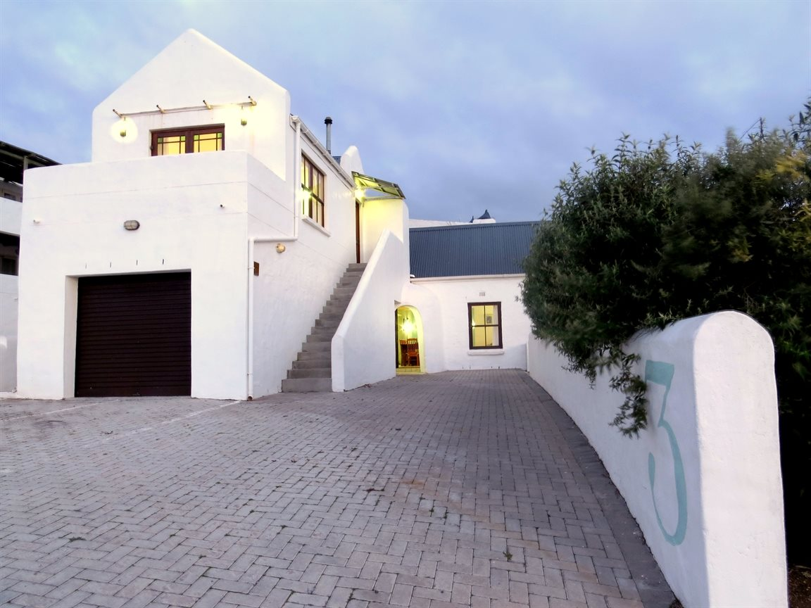 Property and Houses for sale in Paternoster, House, 5 Bedrooms - ZAR 3,950,000