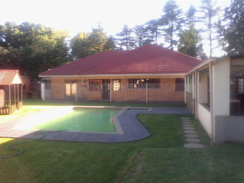 Three Rivers Proper property for sale. Ref No: 13436710. Picture no 10