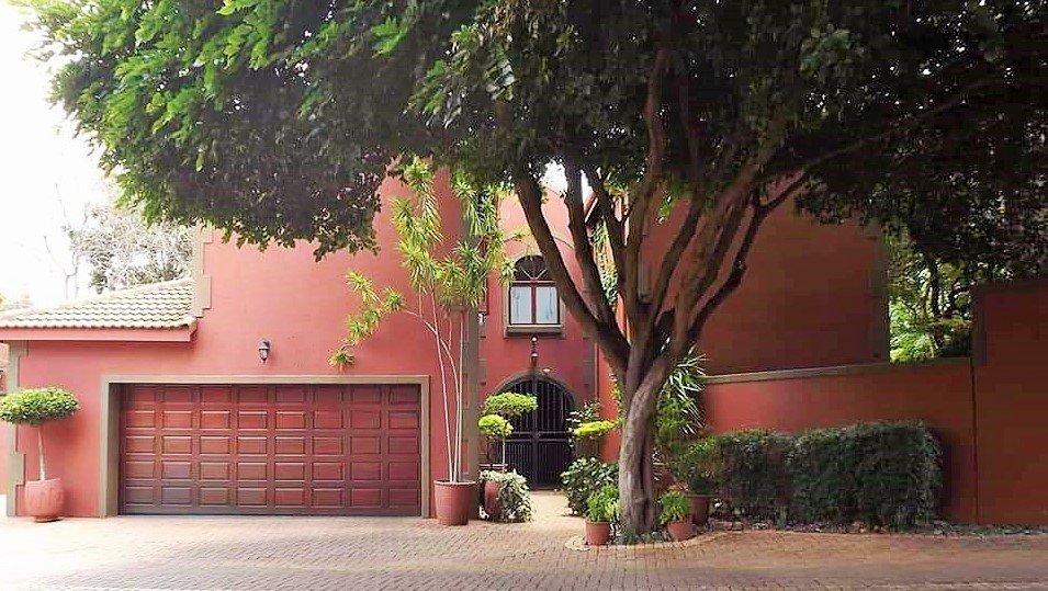 Pretoria, Faerie Glen Property  | Houses For Sale Faerie Glen, Faerie Glen, House 4 bedrooms property for sale Price:3,300,000