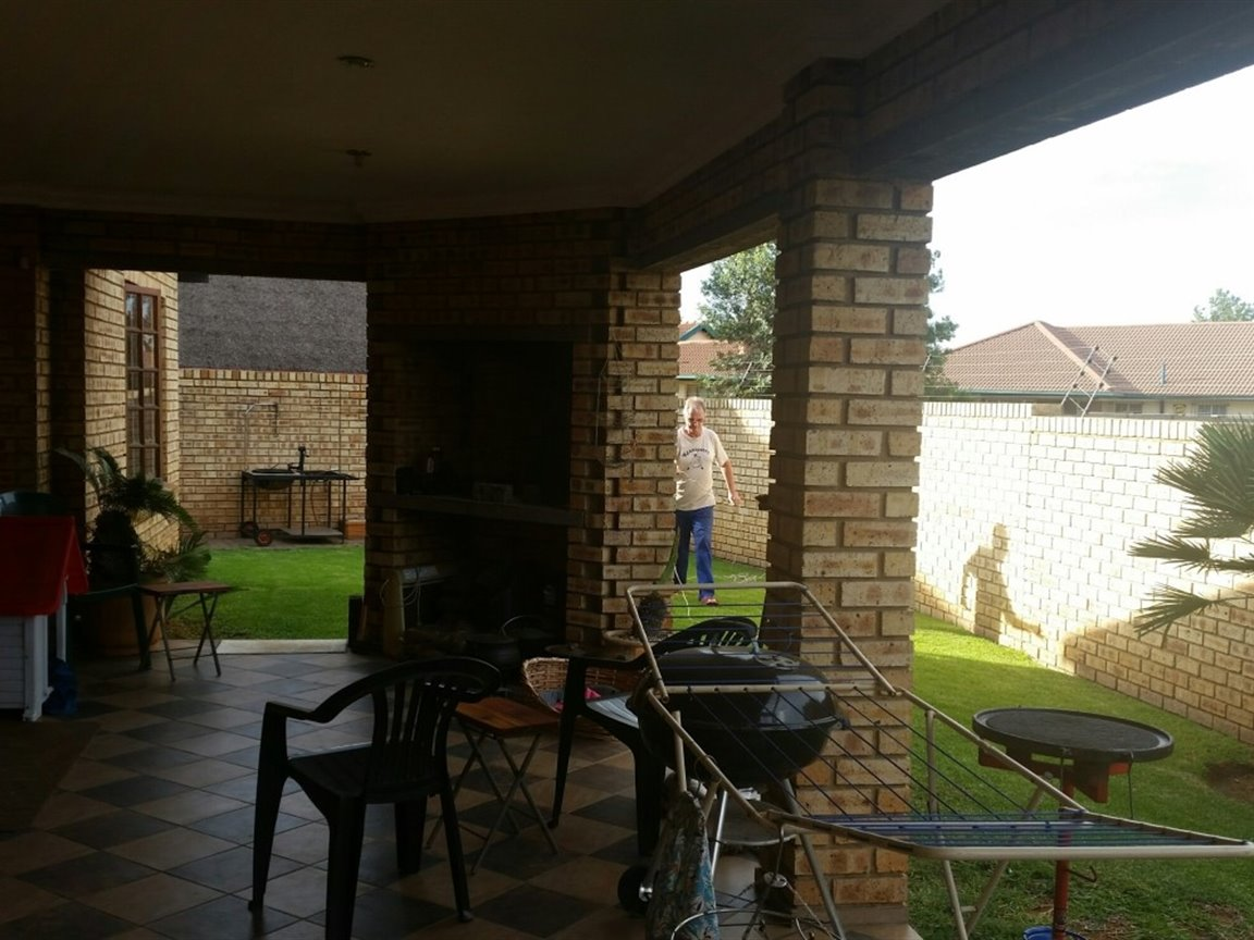 Sasolburg property for sale. Ref No: 13424182. Picture no 7
