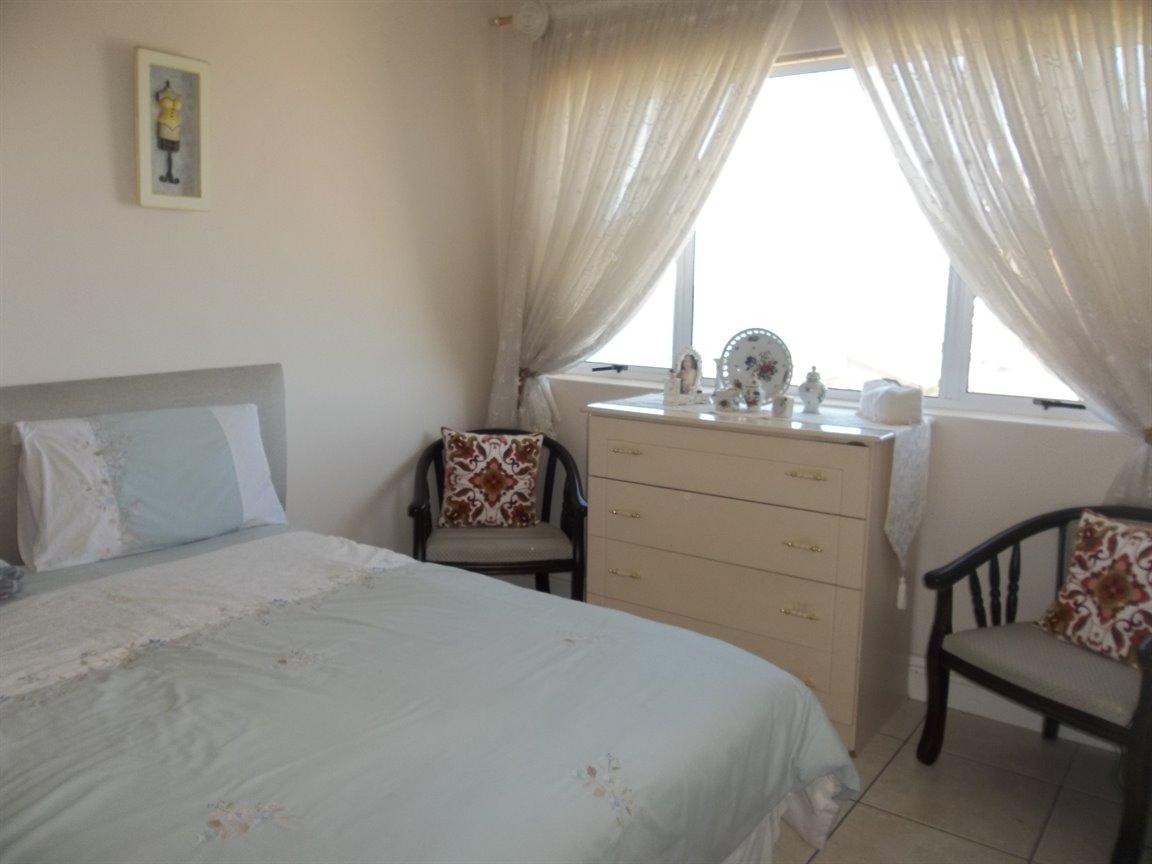 Amanzimtoti property for sale. Ref No: 13400263. Picture no 14