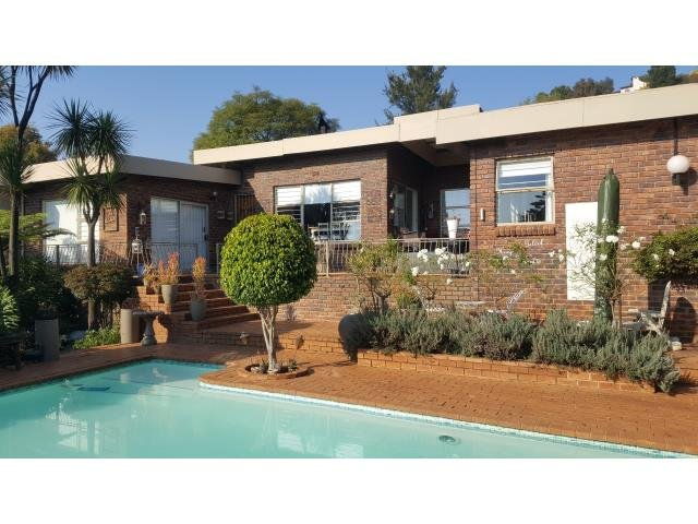 Roodepoort, Roodekrans Property  | Houses For Sale Roodekrans, Roodekrans, House 3 bedrooms property for sale Price:1,680,000
