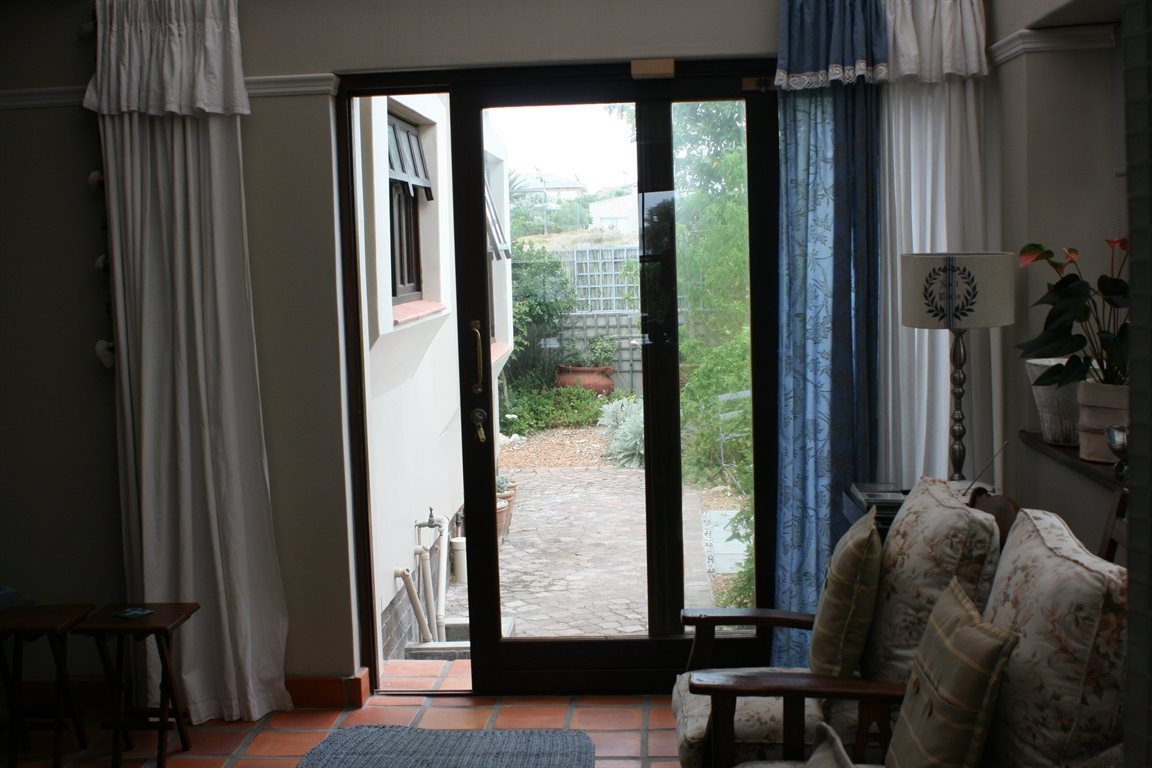 Yzerfontein property for sale. Ref No: 13294850. Picture no 16