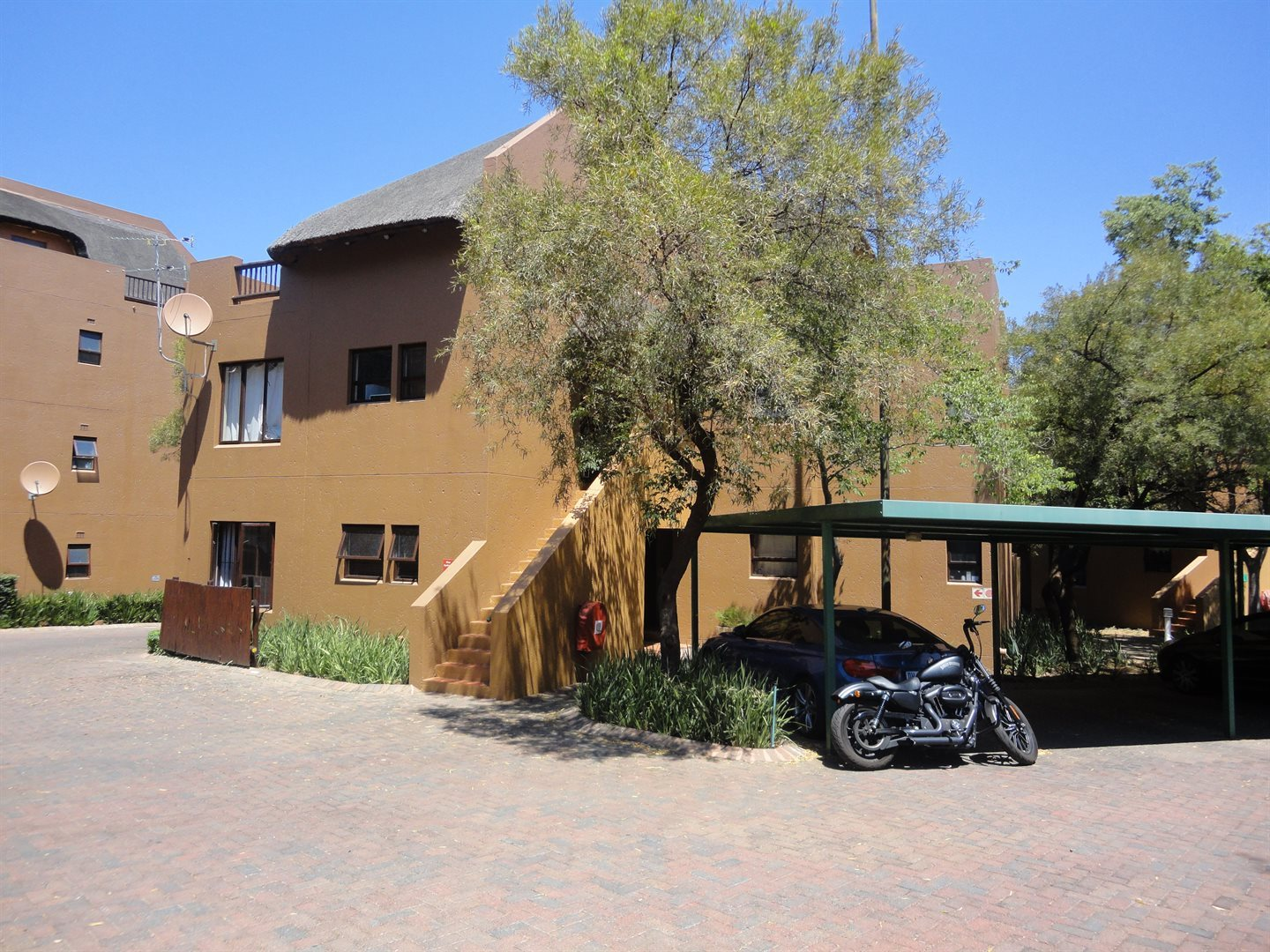 Townhouse For Sale In Douglasdale 1 Bedroom 13554624 1 21