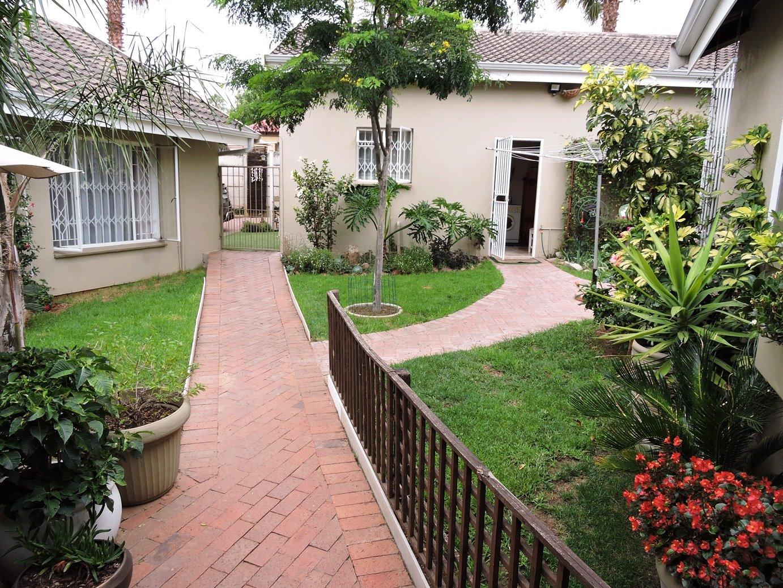 Randburg, Bloubosrand Property    Houses For Sale Bloubosrand, Bloubosrand, House 5 bedrooms property for sale Price:1,485,000