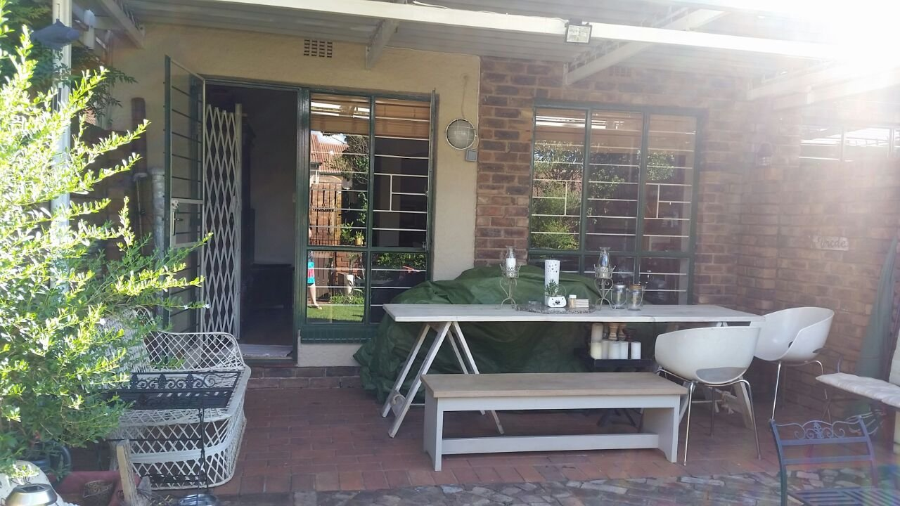 Property and Houses to rent in Hennopspark, Townhouse, 3 Bedrooms - ZAR , 10,00*,M