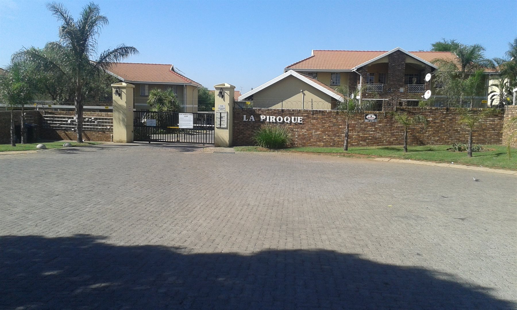 Pretoria, Elarduspark Property  | Houses For Sale Elarduspark, Elarduspark, Townhouse 2 bedrooms property for sale Price:720,000