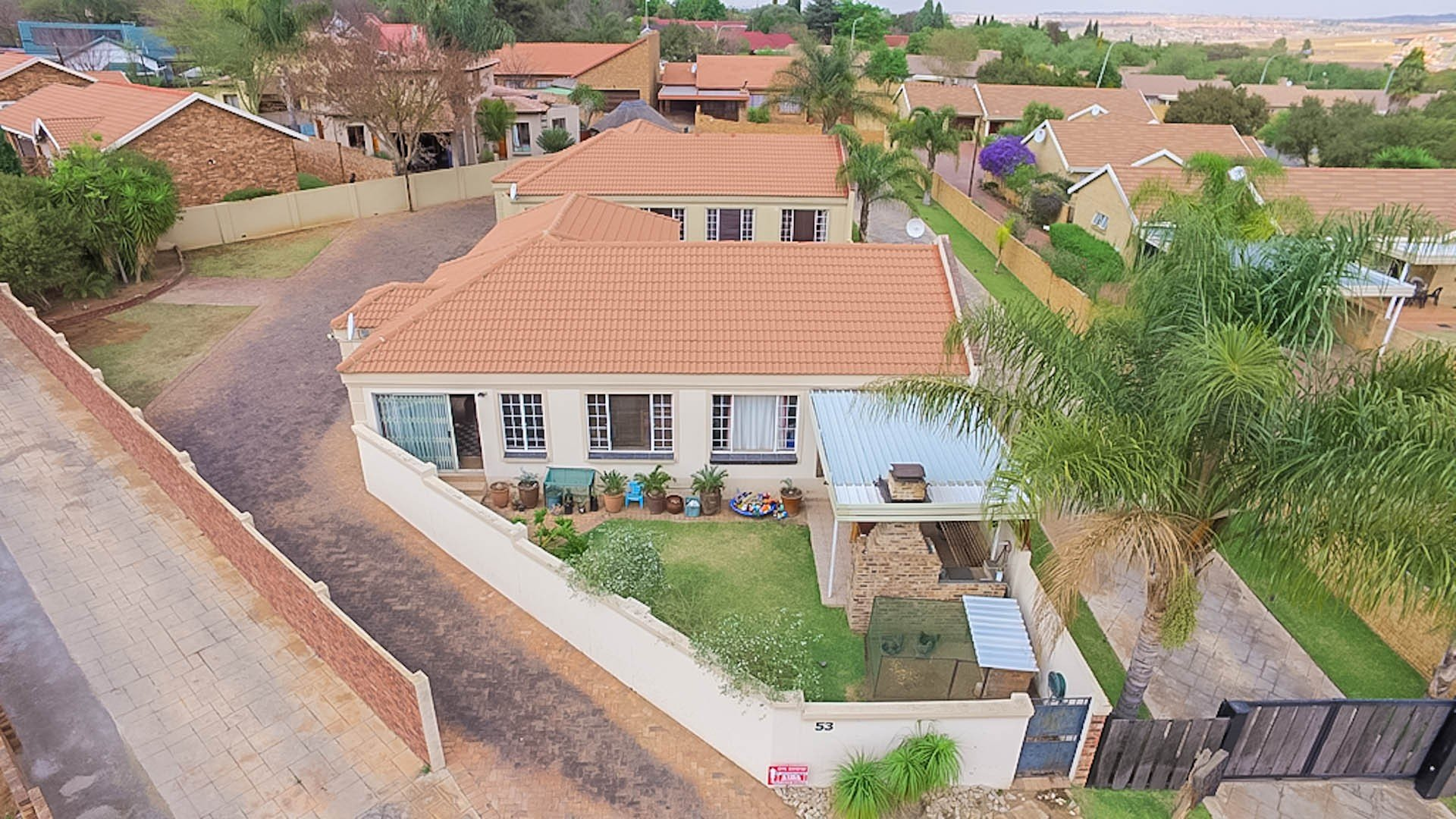 Centurion, Thatchfield Cresent Property  | Houses For Sale Thatchfield Cresent, Thatchfield Cresent, House 3 bedrooms property for sale Price:1,295,000