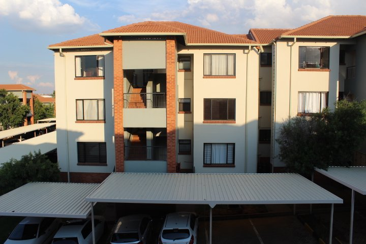 Greenstone Hill, Acacia Property  | Houses To Rent Acacia, Acacia, Apartment 2 bedrooms property to rent Price:,  8,00*