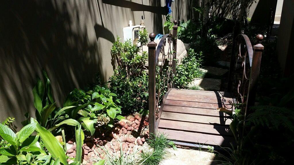 Midstream Estate property for sale. Ref No: 13589581. Picture no 19