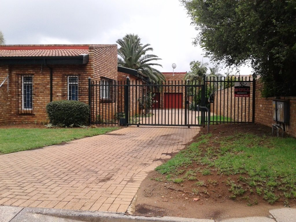 Pretoria, Elarduspark Property  | Houses For Sale Elarduspark, Elarduspark, House 3 bedrooms property for sale Price:1,380,000