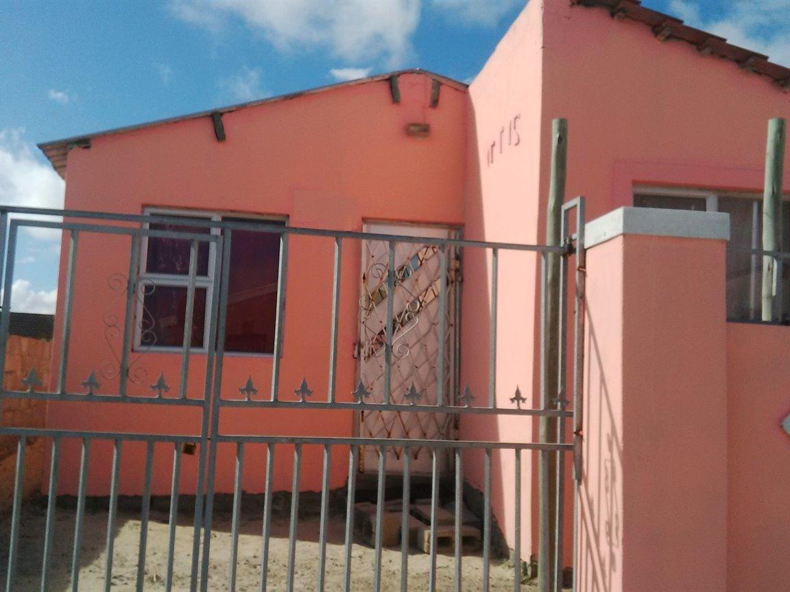 Khayelitsha, Ilitha Park Property  | Houses For Sale Ilitha Park, Ilitha Park, House 2 bedrooms property for sale Price:325,000