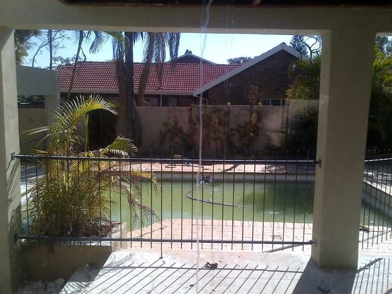Theresapark property for sale. Ref No: 13506750. Picture no 2