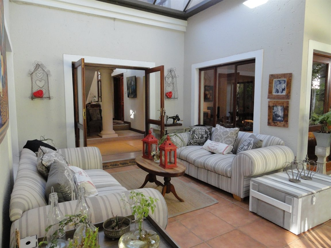 Silver Lakes Golf Estate property for sale. Ref No: 13394313. Picture no 8