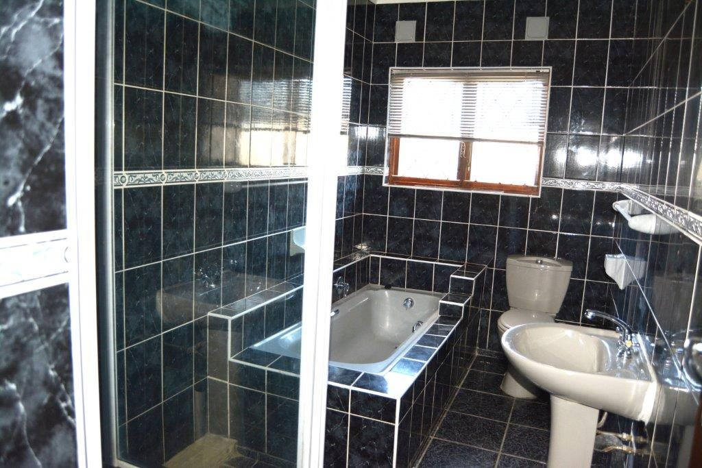 Port Shepstone property for sale. Ref No: 12778895. Picture no 8
