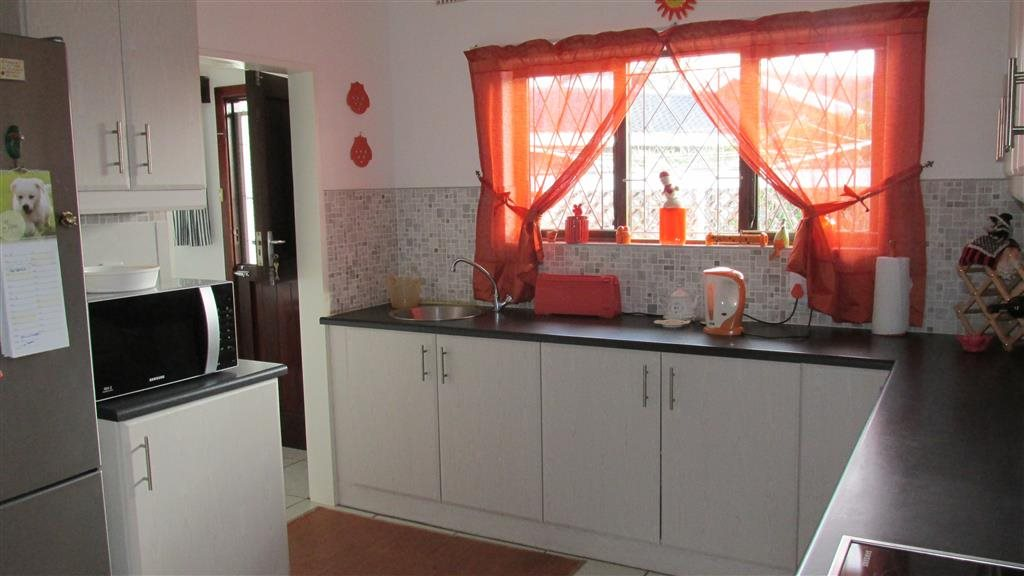 Ramsgate property for sale. Ref No: 13348810. Picture no 6