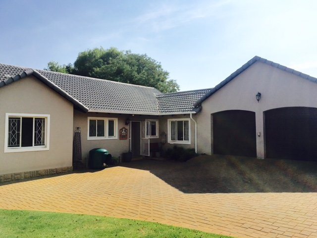 Property and Houses for sale in Doringkloof, House, 4 Bedrooms - ZAR 2,150,000