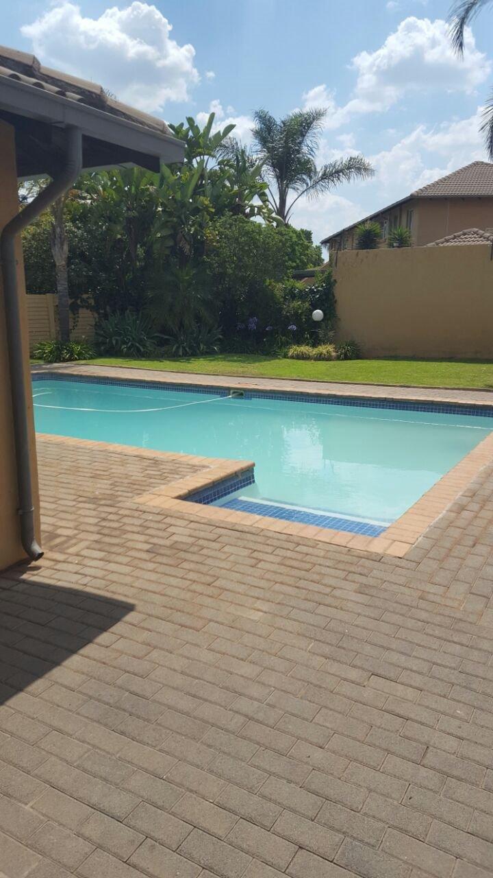 Pretoria, Moreletapark Property  | Houses To Rent Moreletapark, Moreletapark, Townhouse 2 bedrooms property to rent Price:,  7,50*