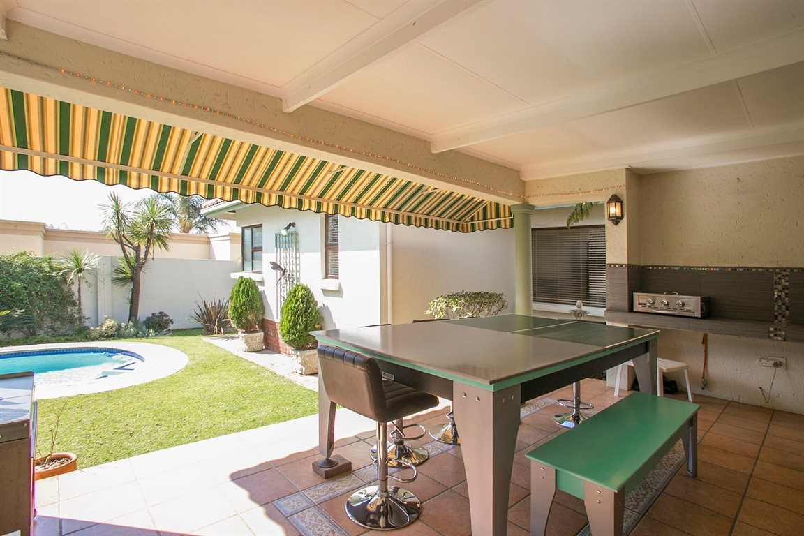 Fourways property for sale. Ref No: 13378870. Picture no 21